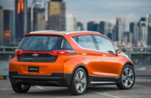 chevy-bolt-in-city